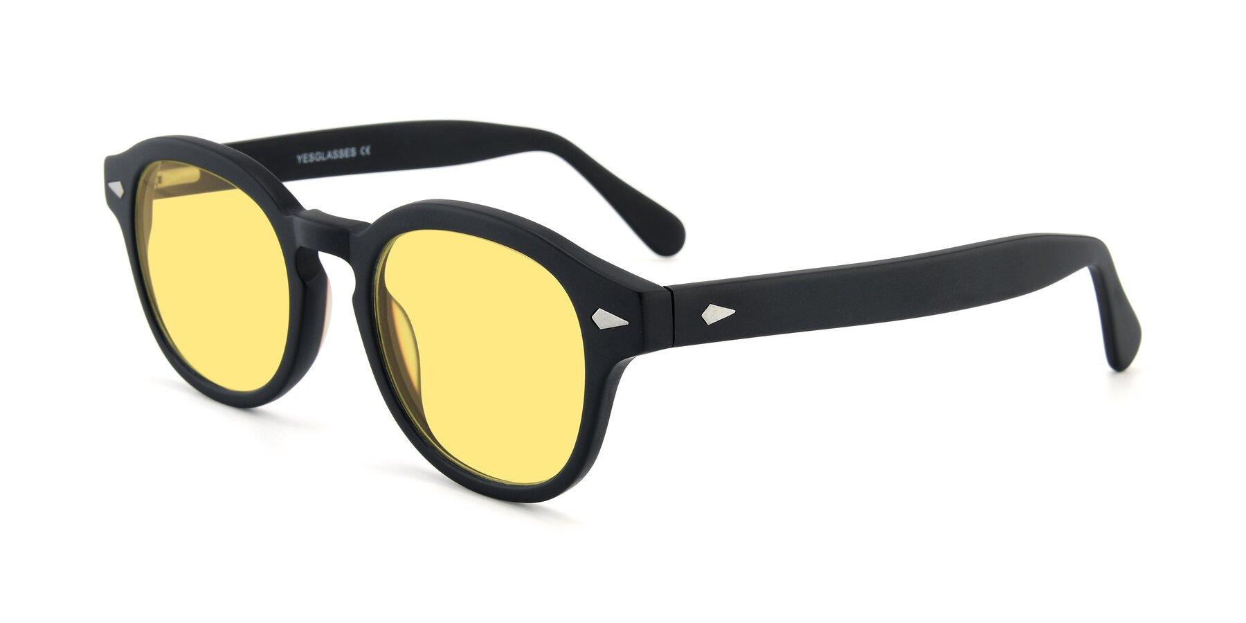 Angle of SR1609 in Matte Black with Medium Yellow Tinted Lenses