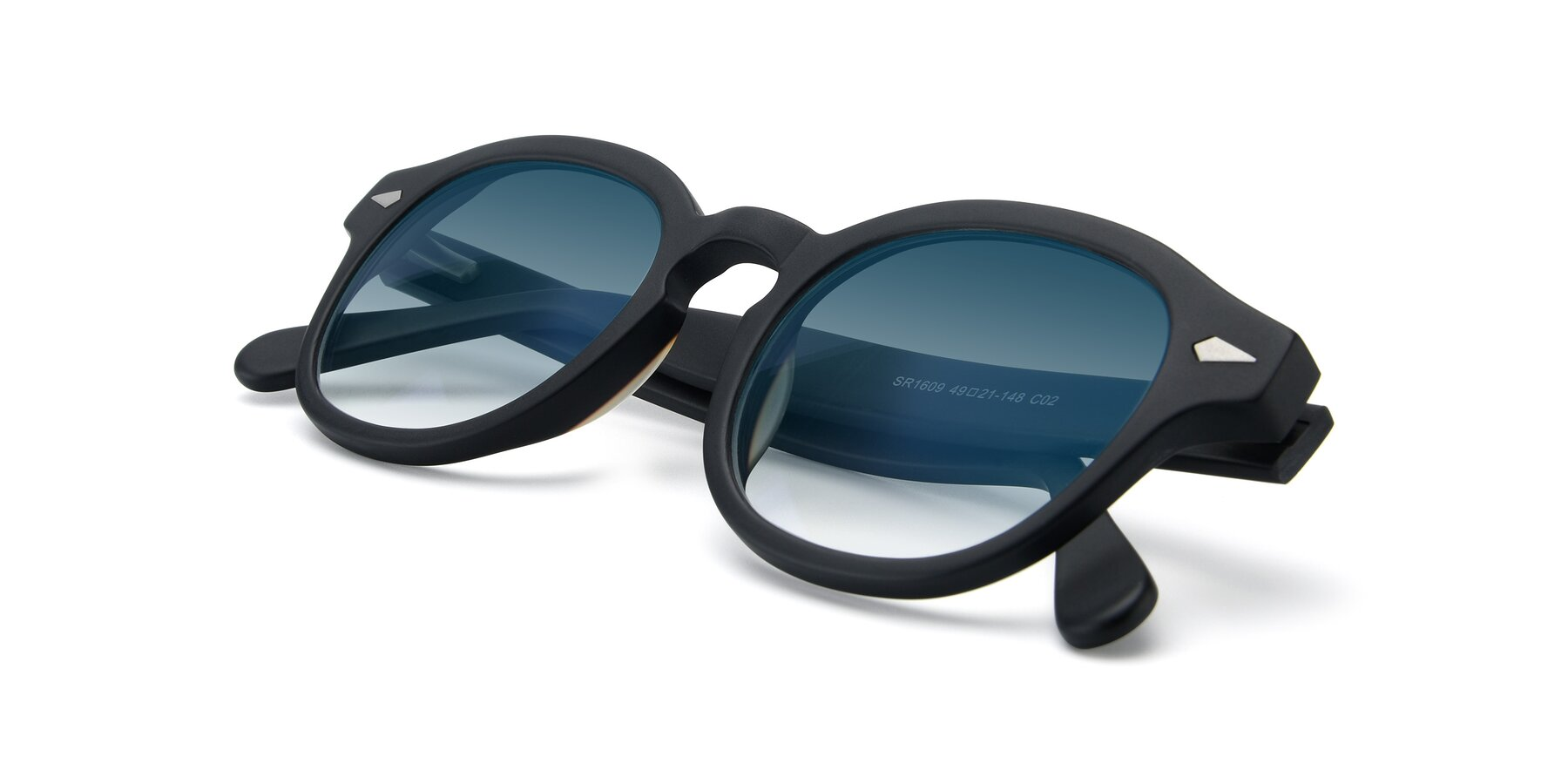 View of SR1609 in Matte Black with Blue Gradient Lenses