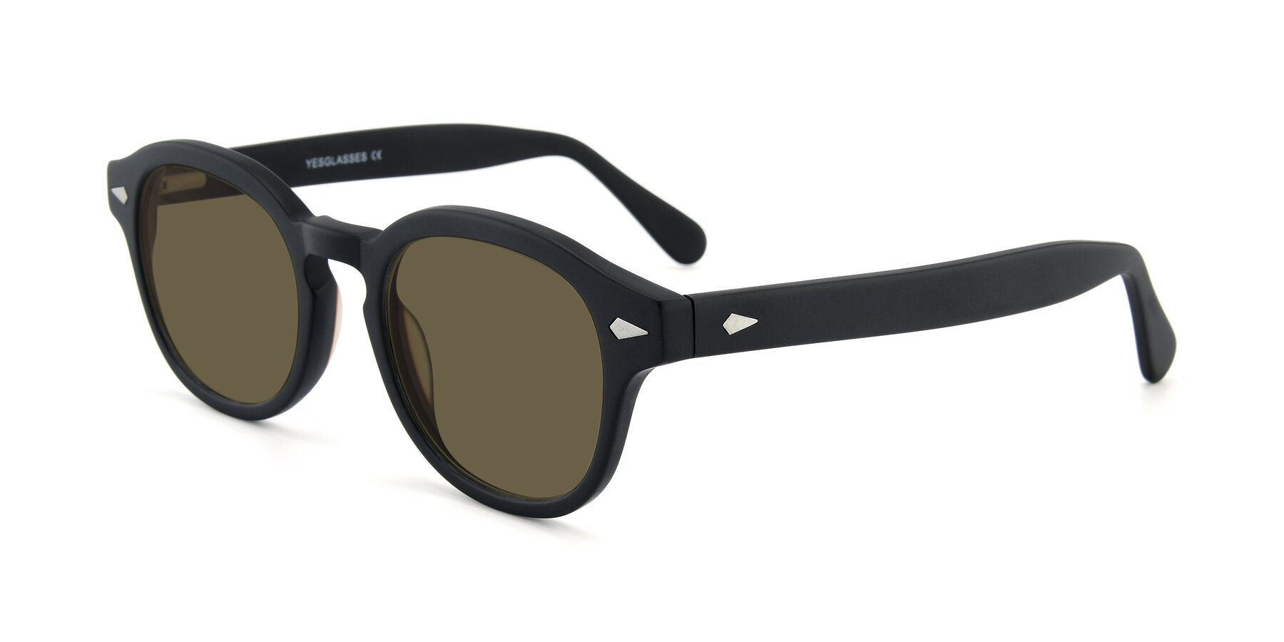 Angle of SR1609 in Matte Black with Brown Polarized Lenses