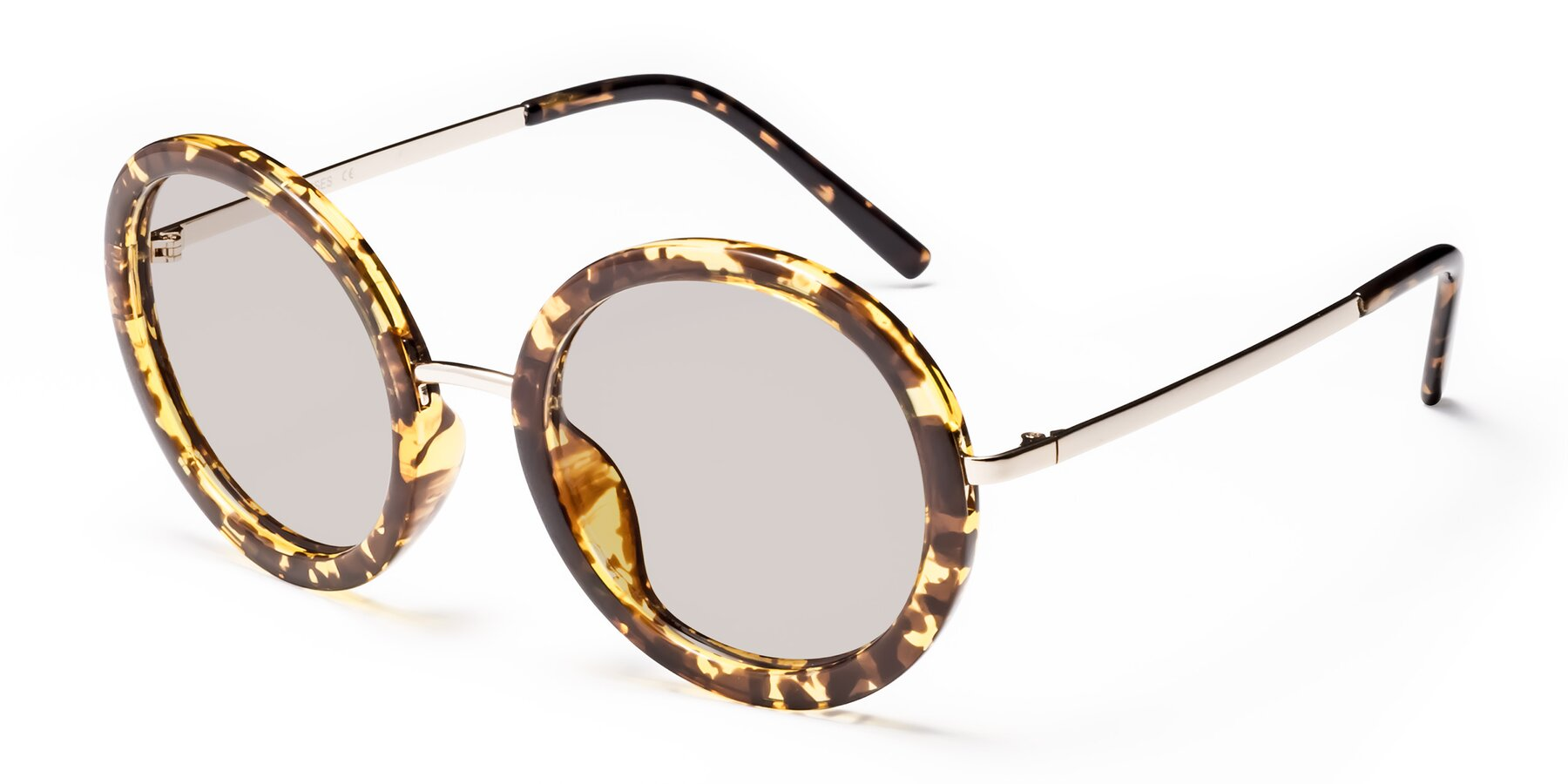 Angle of Bloom in Transparent Tortoise with Light Brown Tinted Lenses