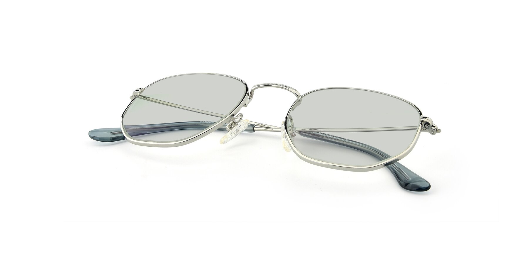 View of SSR1943 in Silver with Light Green Tinted Lenses