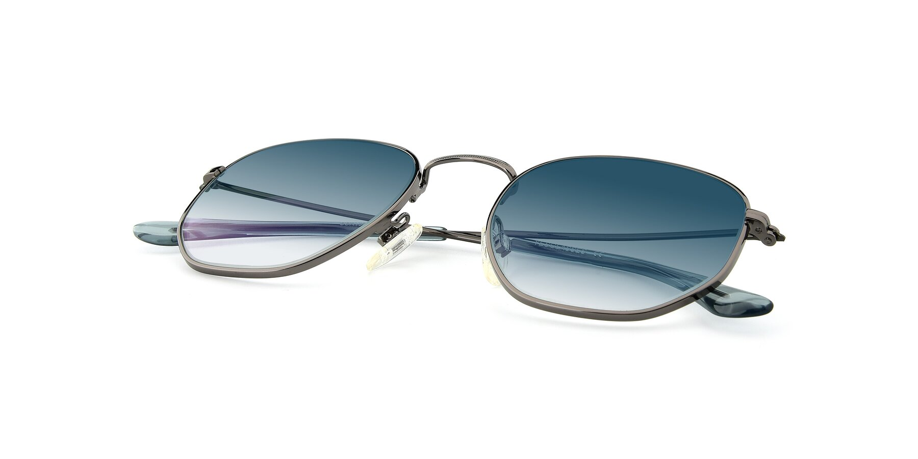 View of SSR1944 in Grey with Blue Gradient Lenses