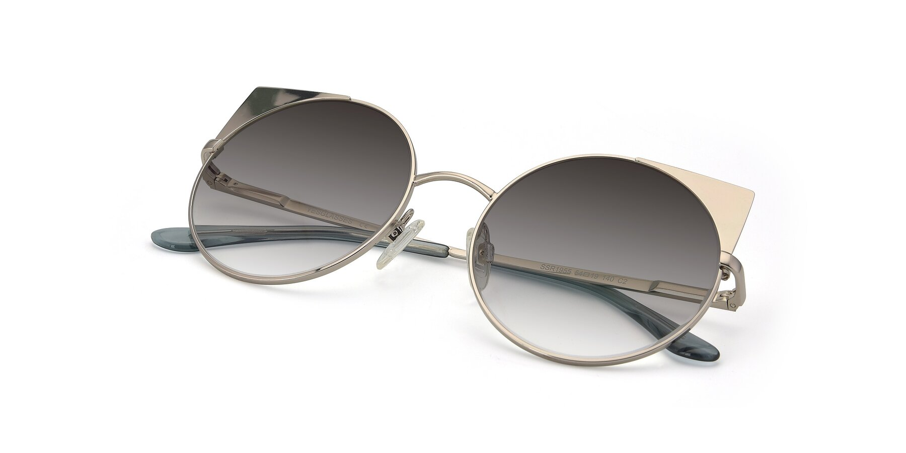 View of SSR1955 in Silver with Gray Gradient Lenses