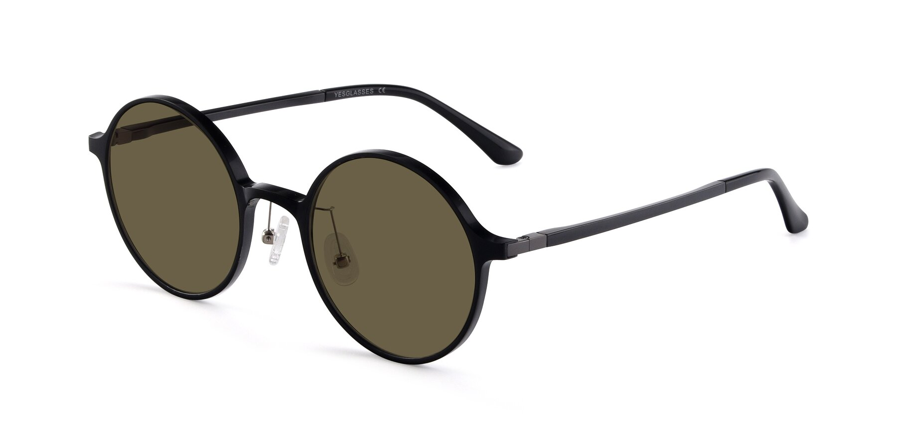 Angle of Lemon in Black with Brown Polarized Lenses