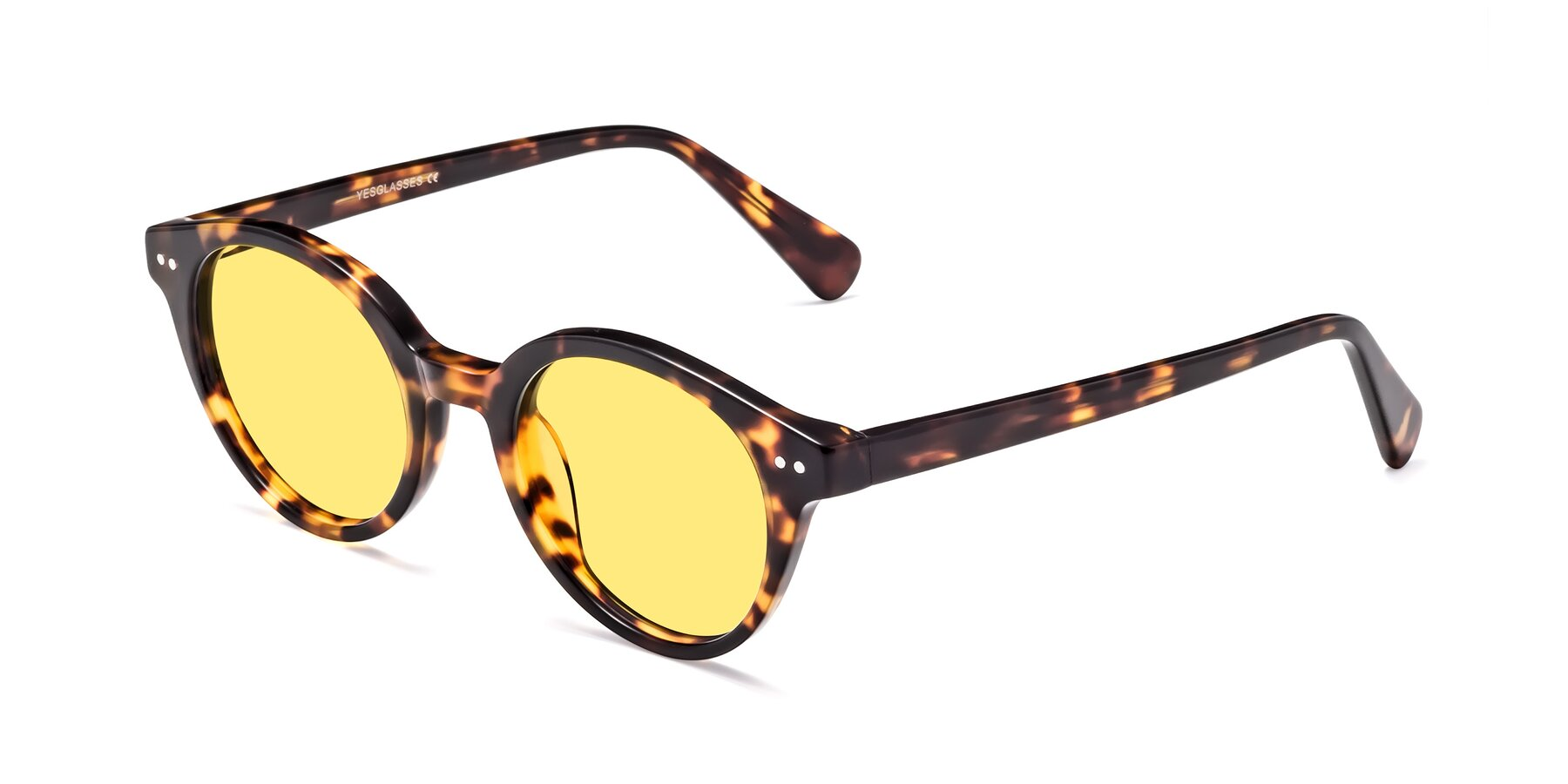 Angle of 17277 in Tortoise with Medium Yellow Tinted Lenses