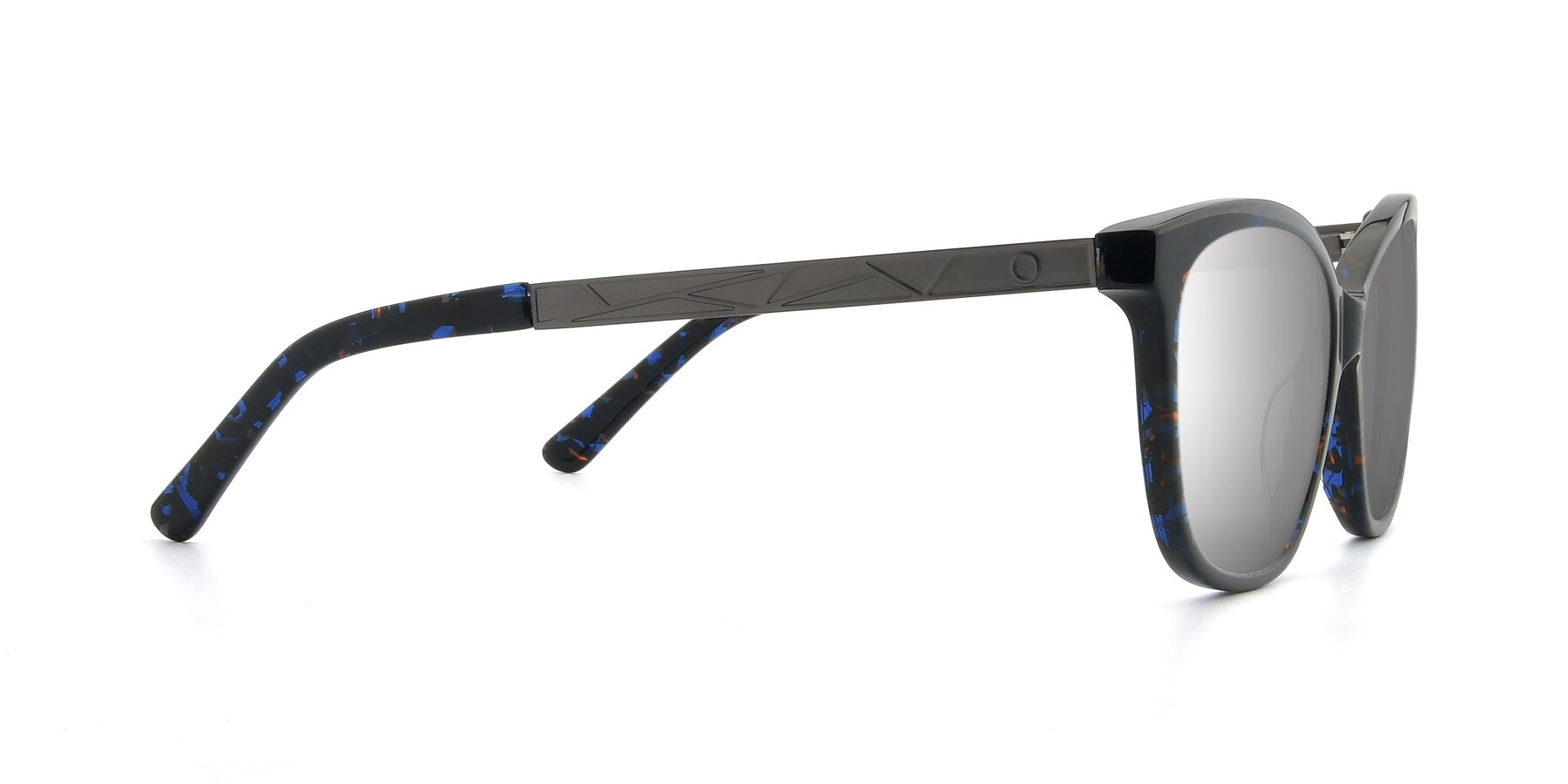 Side of 17322 in Floral Black with Silver Mirrored Lenses