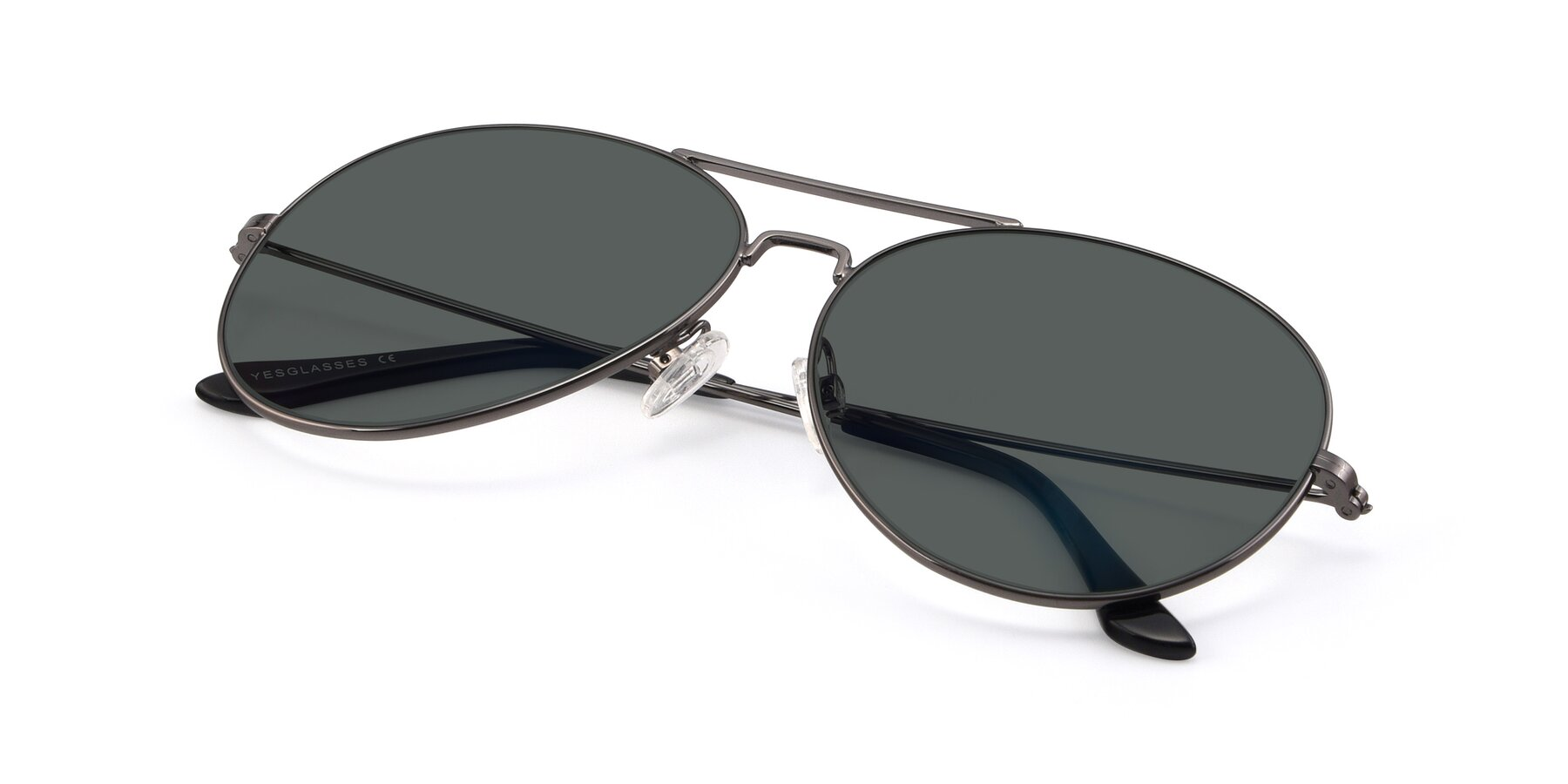 View of Paradise in Gunmetal with Gray Polarized Lenses