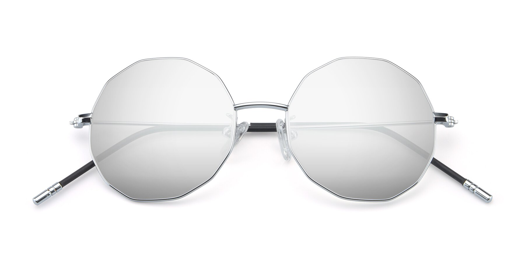 Folded Front of Dreamer in Silver with Silver Mirrored Lenses