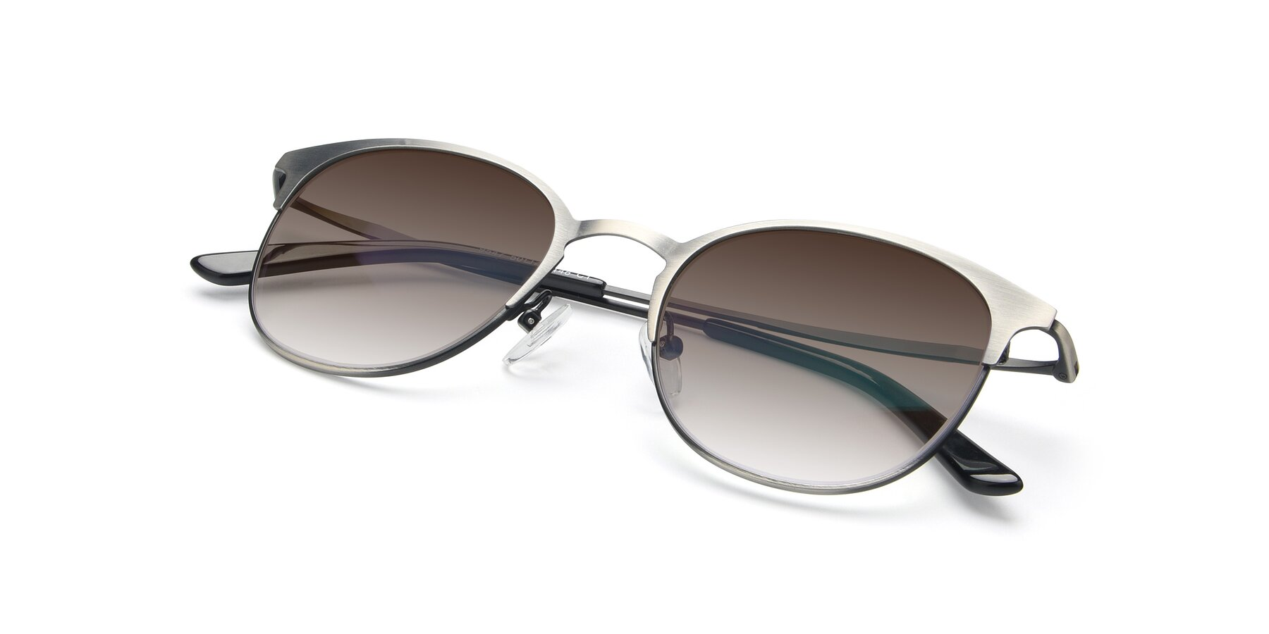 View of 9547 in Antique Gun with Brown Gradient Lenses