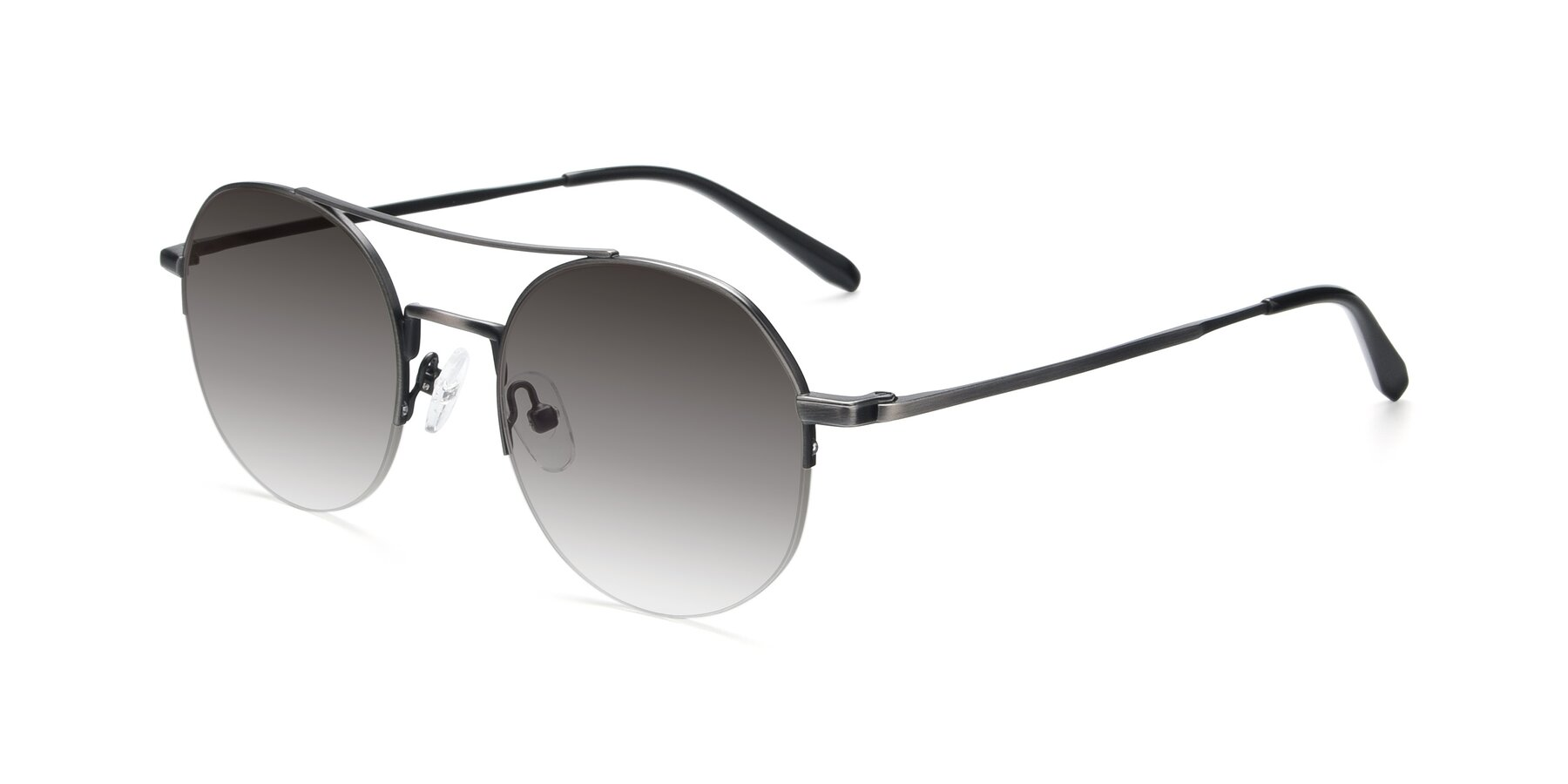 Angle of 9521 in Gun with Gray Gradient Lenses