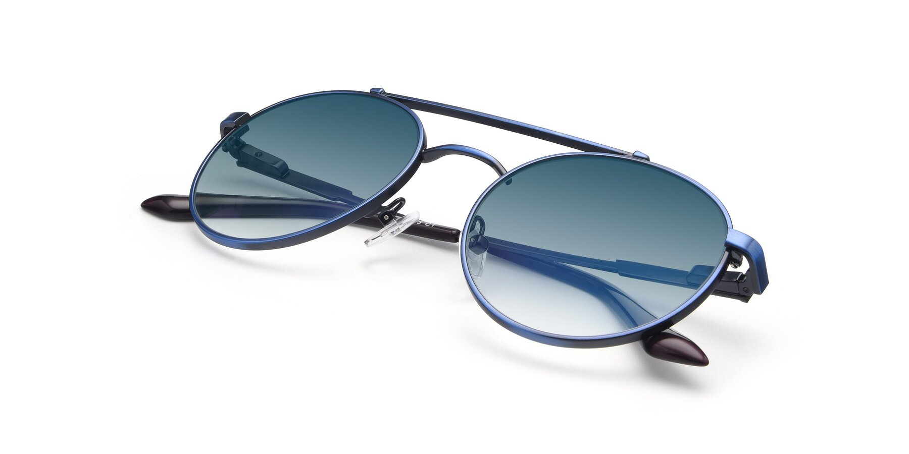 View of 9490 in Antique Blue with Blue Gradient Lenses
