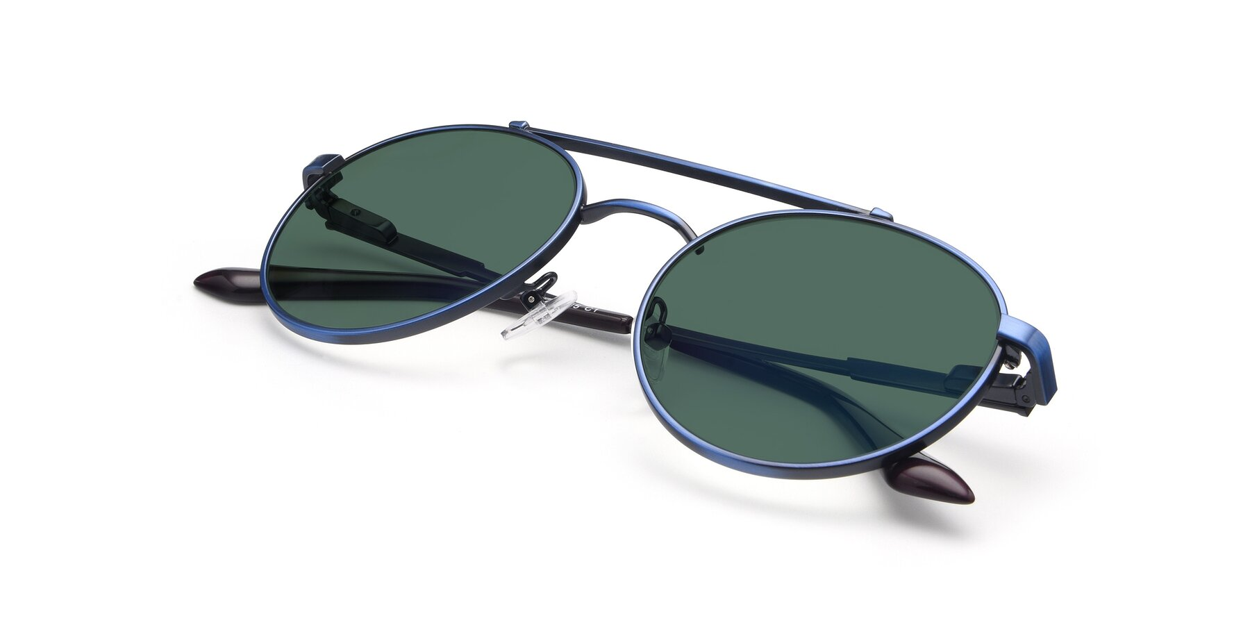View of 9490 in Antique Blue with Green Polarized Lenses