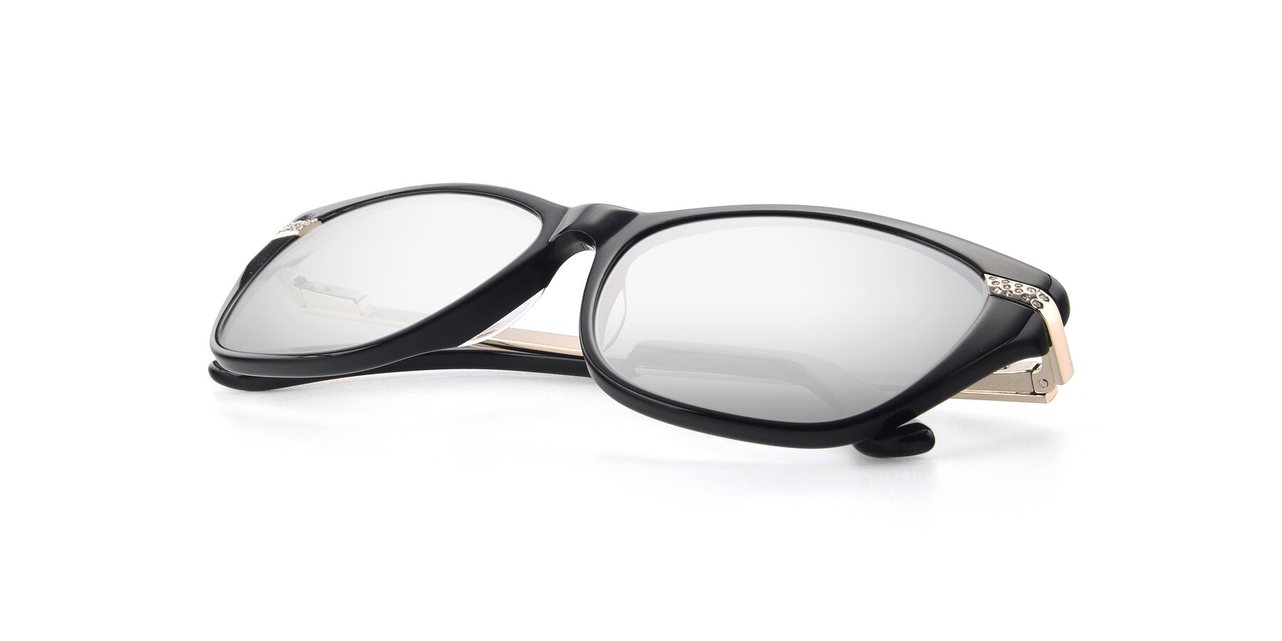 View of 17515 in Black with Silver Mirrored Lenses