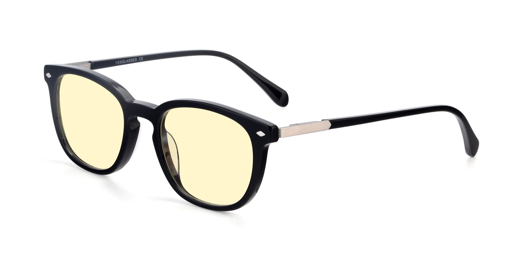 Angle of 17578 in Black with Light Yellow Tinted Lenses