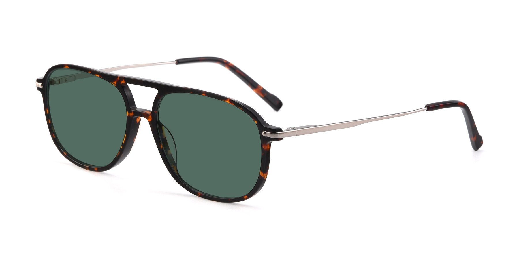 Angle of 17580 in Tortoise with Green Polarized Lenses