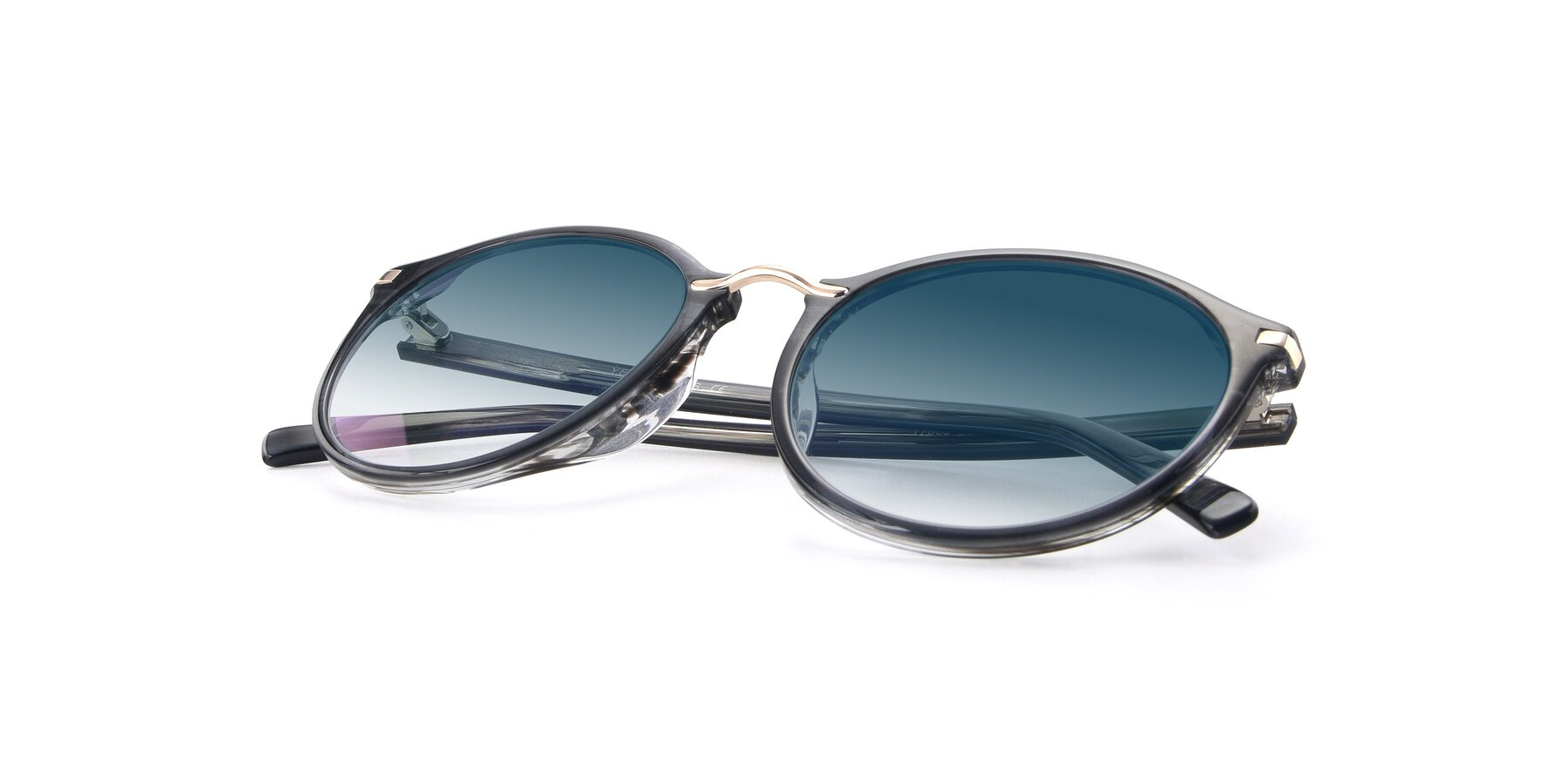View of 17582 in Translucent Black with Blue Gradient Lenses