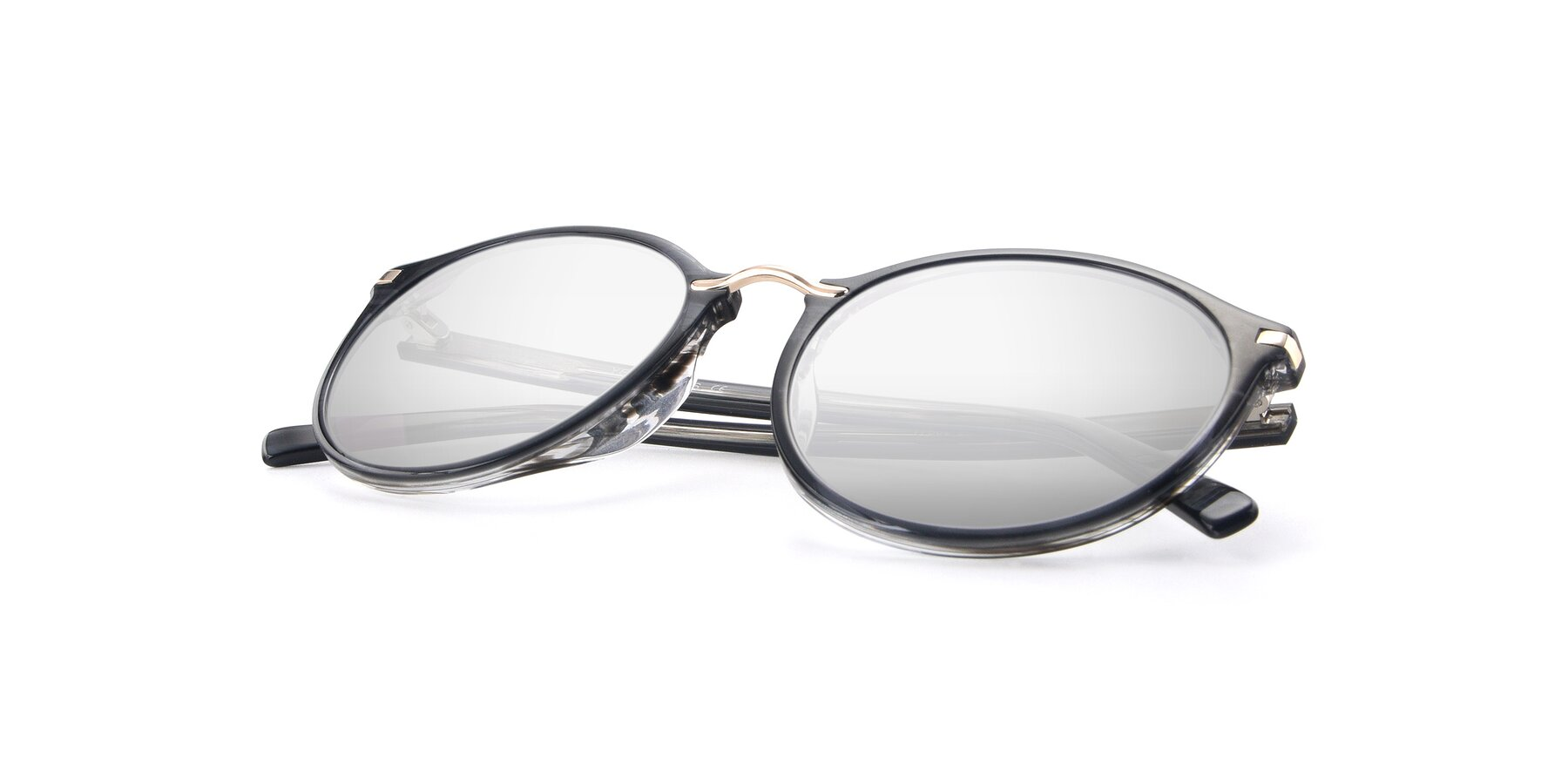 View of 17582 in Translucent Black with Silver Mirrored Lenses