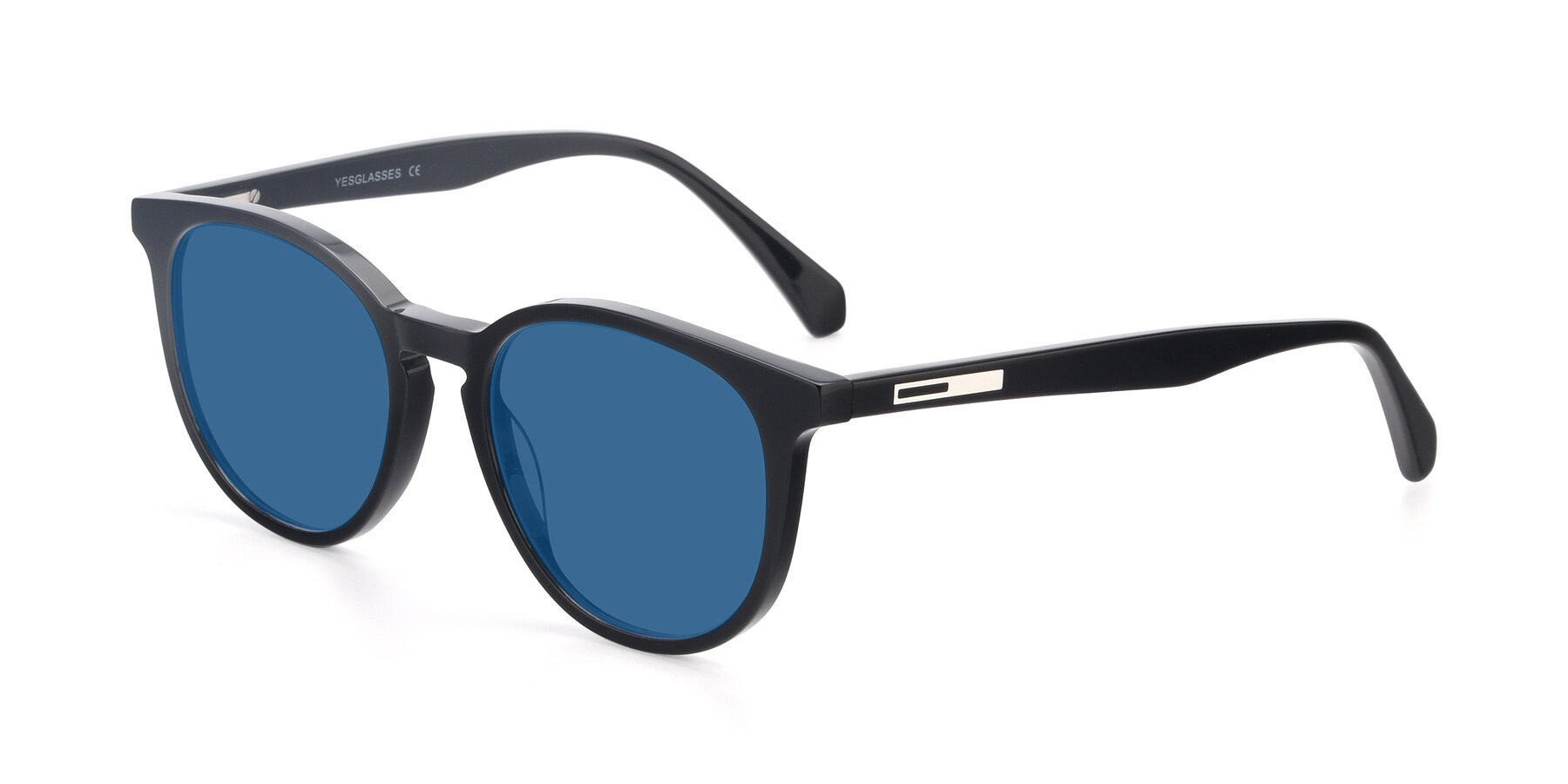 Angle of 17721 in Black with Blue Tinted Lenses