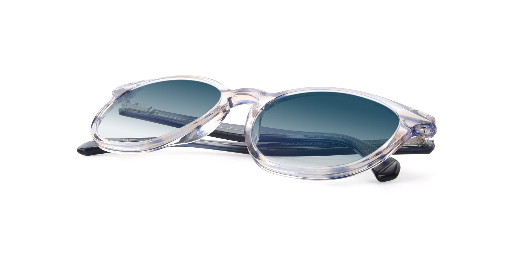 View of 17721 in Stripe Blue with Blue Gradient Lenses