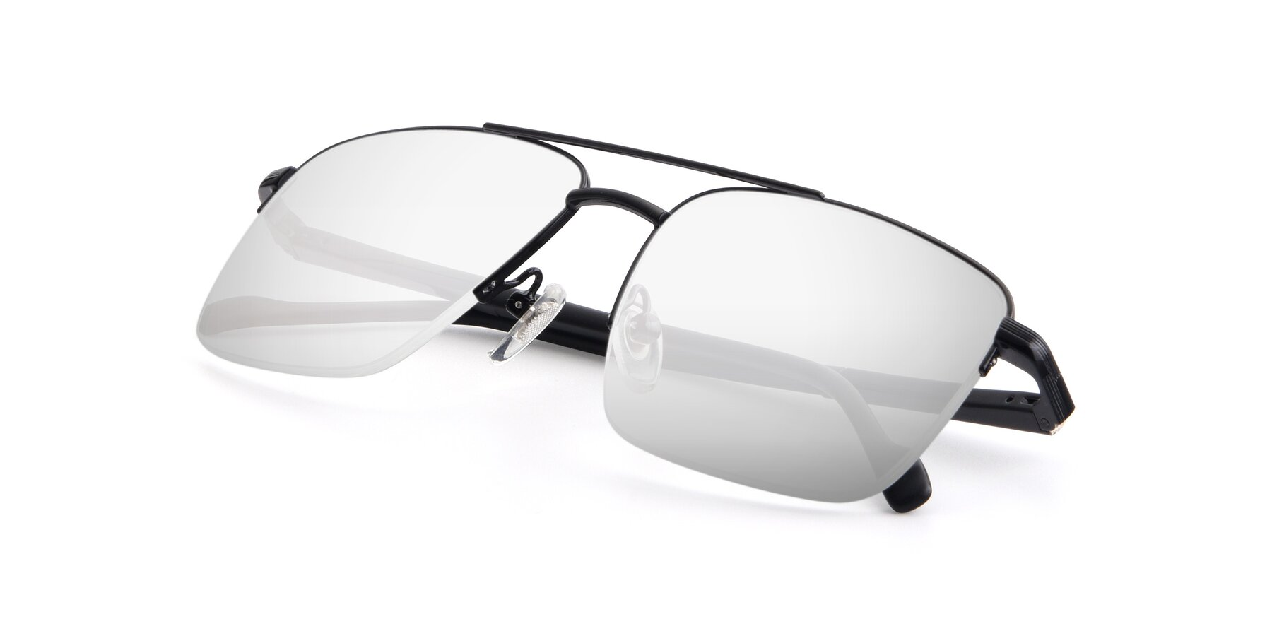 View of 19013 in Black with Silver Mirrored Lenses