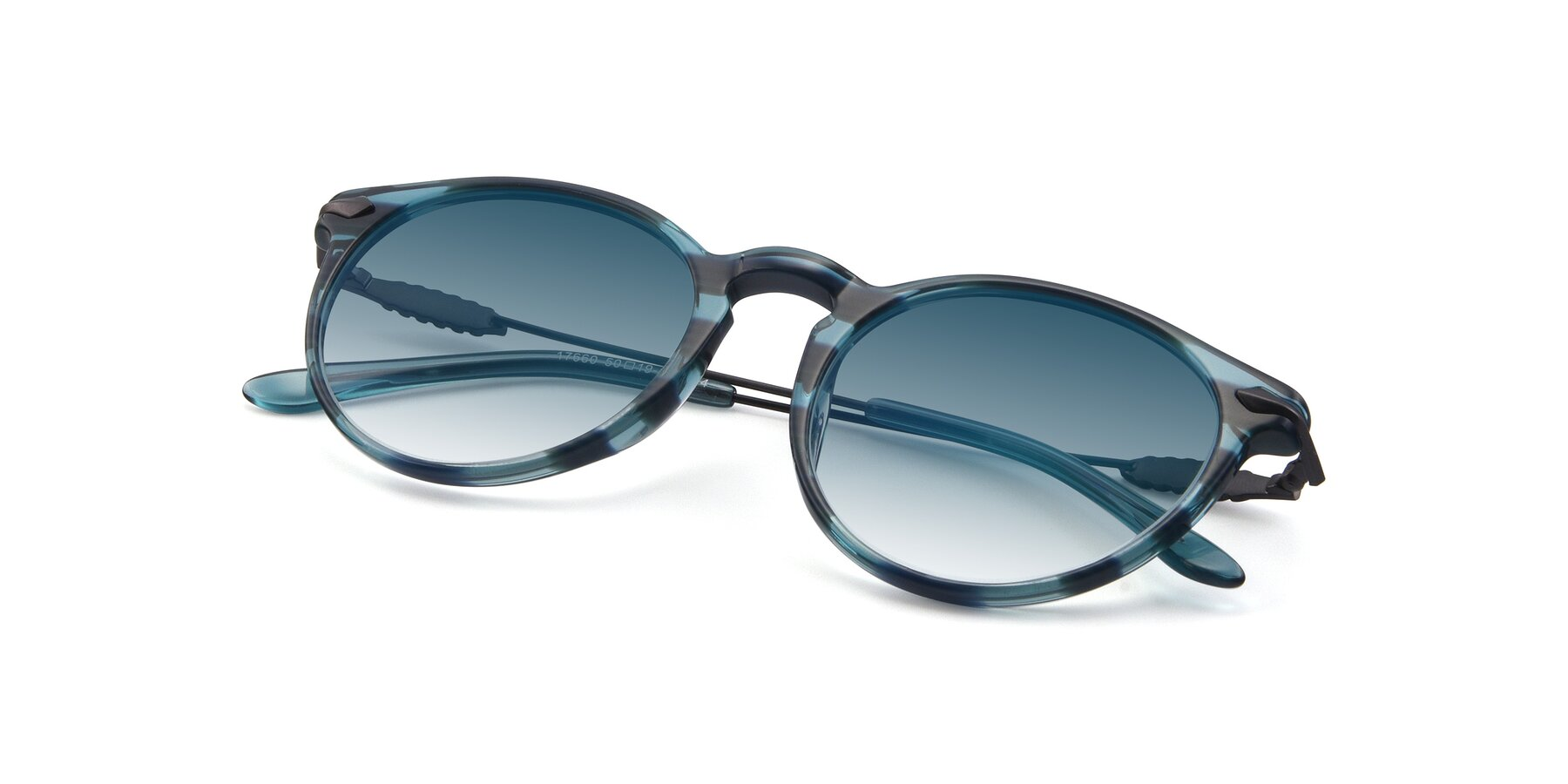 View of 17660 in Stripe Blue with Blue Gradient Lenses