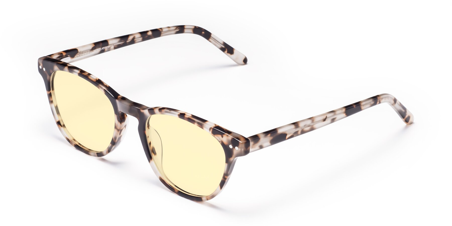 Angle of Blaze in Tortoise with Light Yellow Tinted Lenses