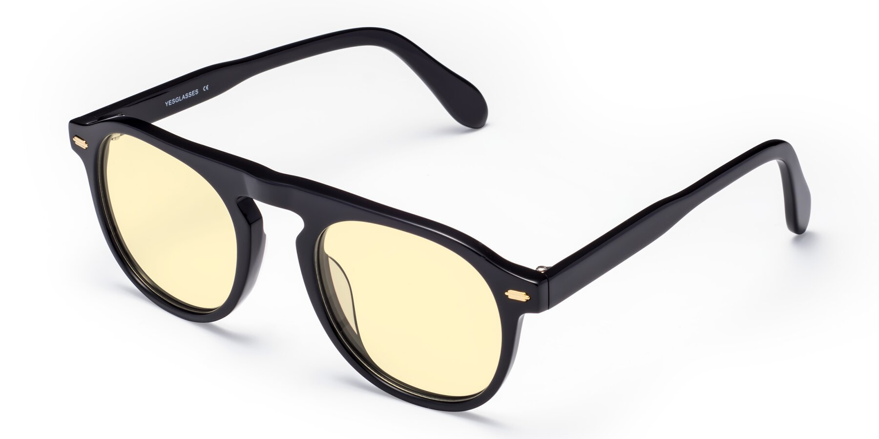 Angle of Mufasa in Black with Light Yellow Tinted Lenses