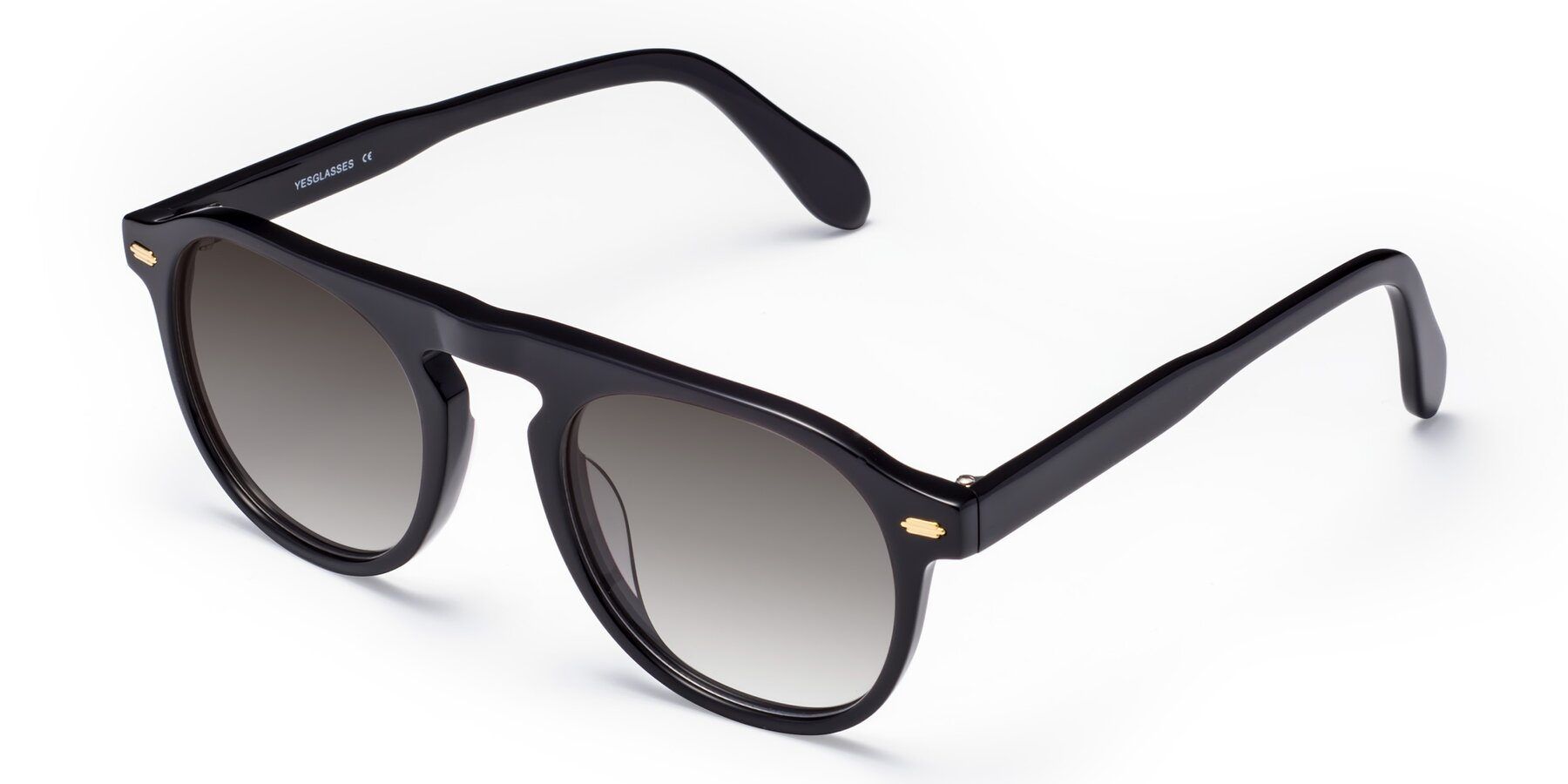 Angle of Mufasa in Black with Gray Gradient Lenses