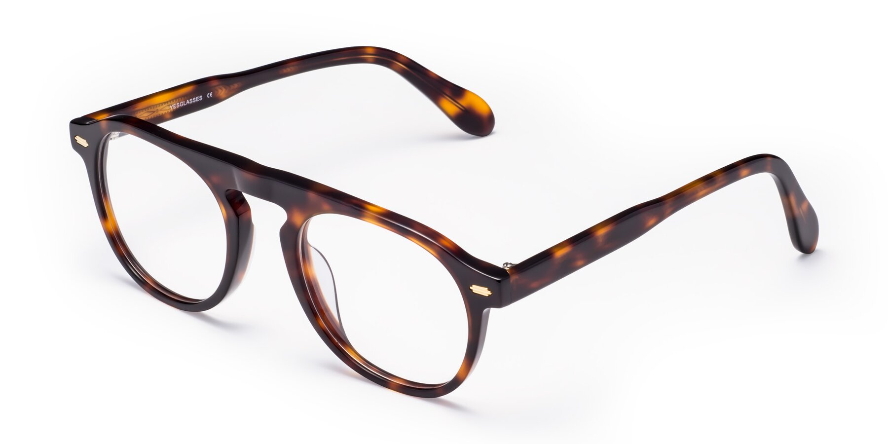 Angle of Mufasa in Tortoise with Clear Eyeglass Lenses