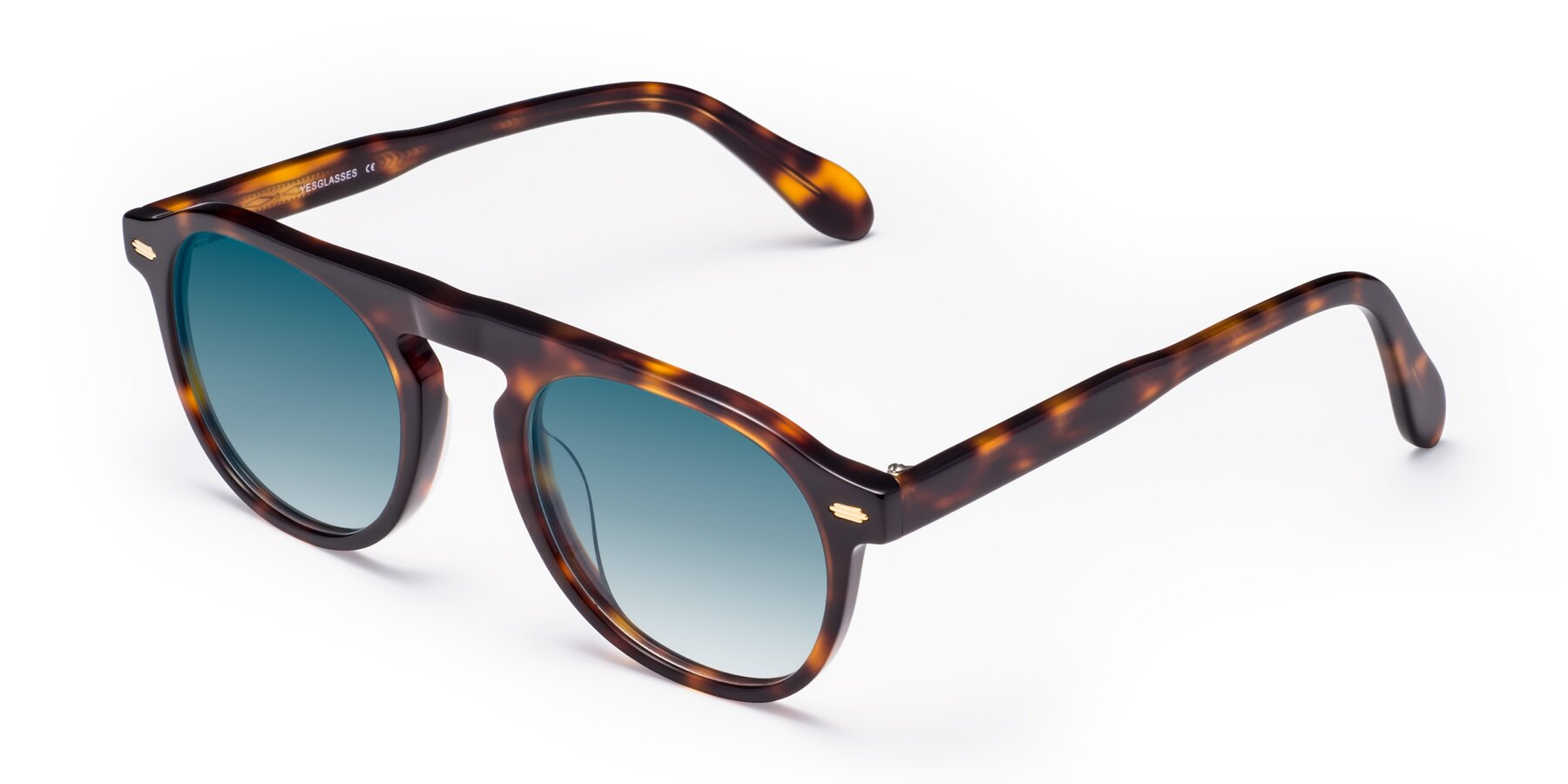 Angle of Mufasa in Tortoise with Blue Gradient Lenses