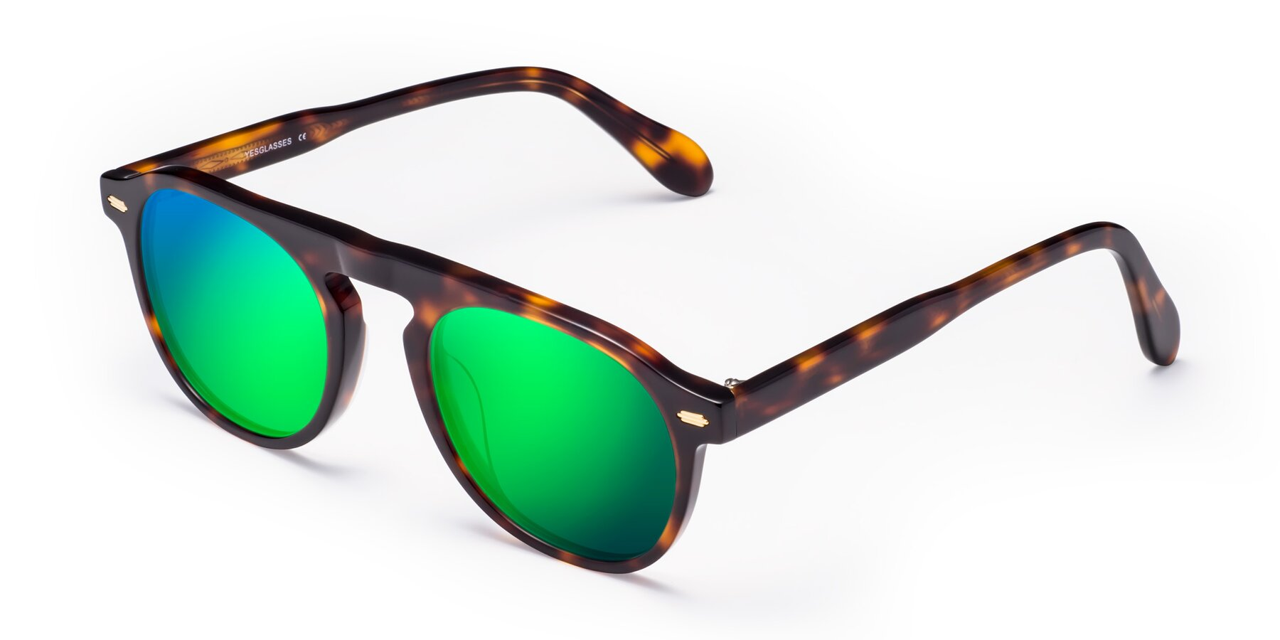 Angle of Mufasa in Tortoise with Green Mirrored Lenses