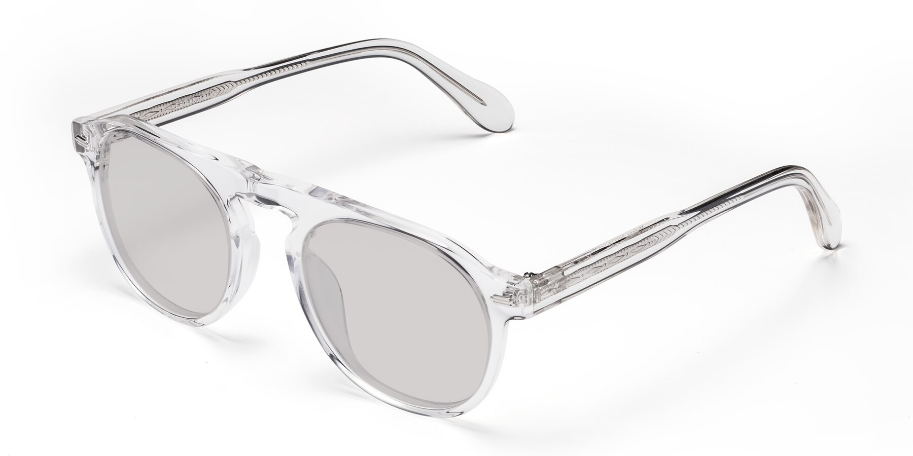 Angle of Mufasa in Clear with Light Gray Tinted Lenses