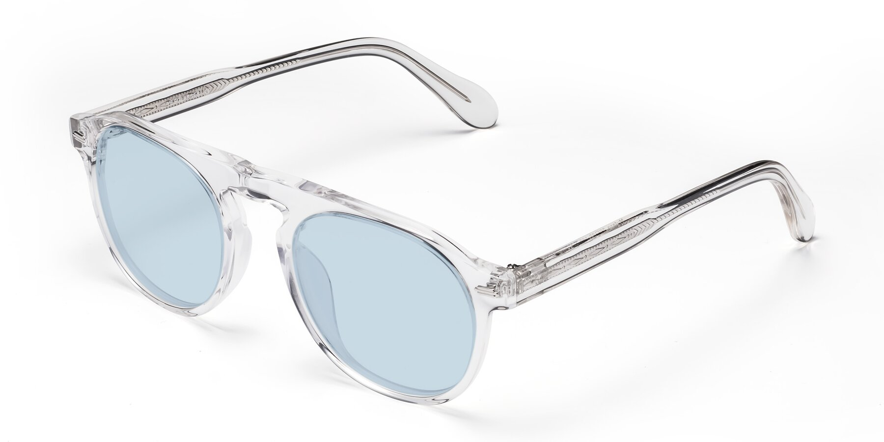 Angle of Mufasa in Clear with Light Blue Tinted Lenses