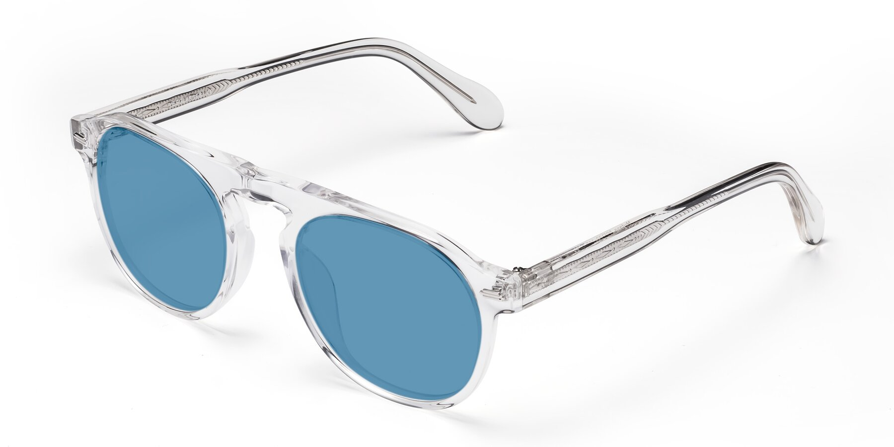 Angle of Mufasa in Clear with Medium Blue Tinted Lenses