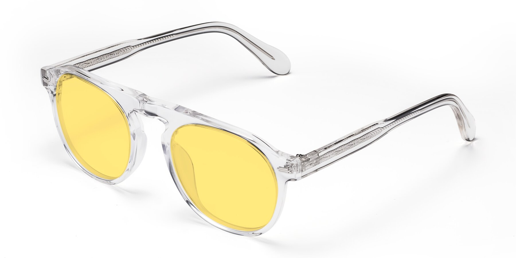 Angle of Mufasa in Clear with Medium Yellow Tinted Lenses
