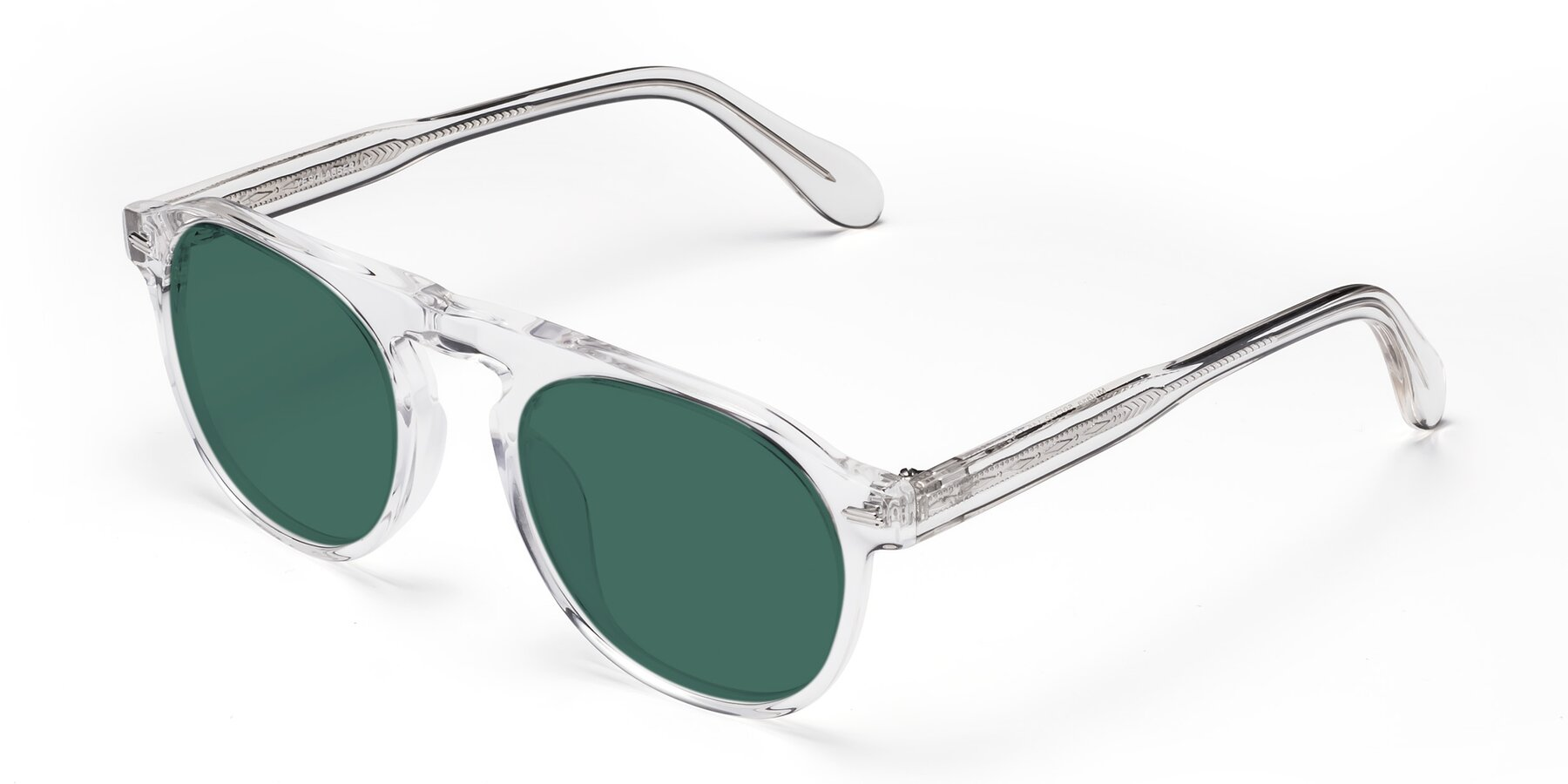 Angle of Mufasa in Clear with Green Polarized Lenses