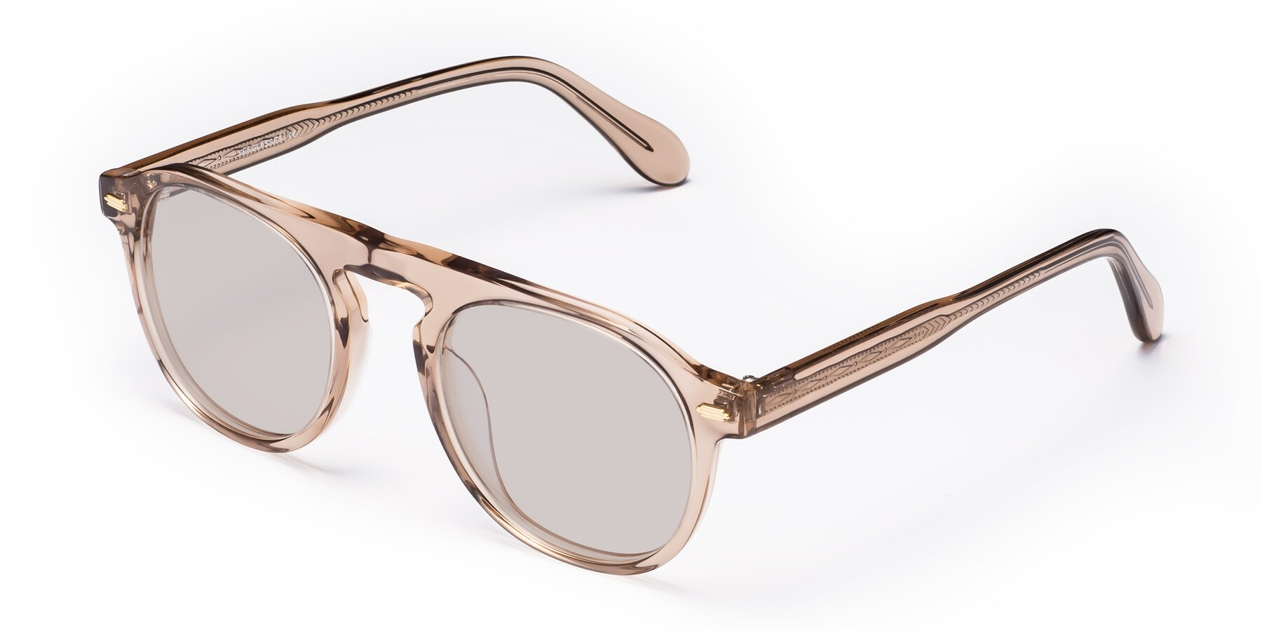 Angle of Mufasa in light Brown with Light Brown Tinted Lenses