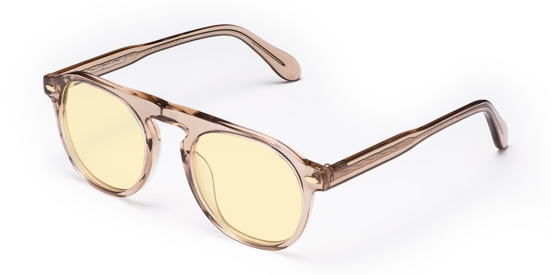 Angle of Mufasa in light Brown with Light Yellow Tinted Lenses