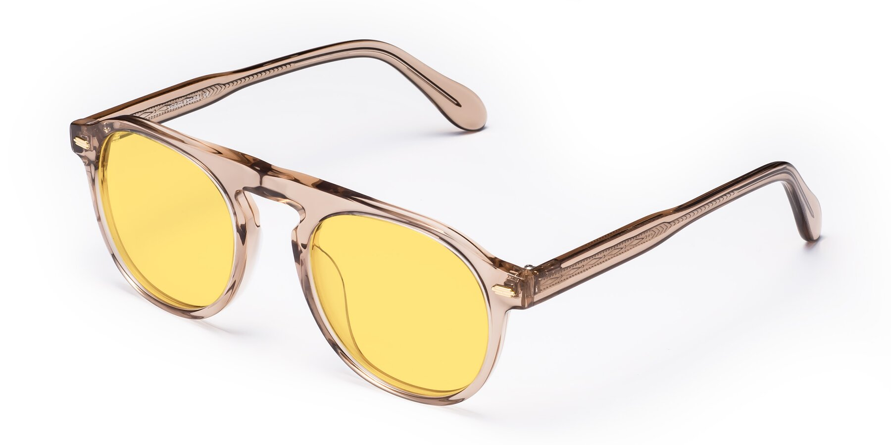 Angle of Mufasa in light Brown with Medium Yellow Tinted Lenses