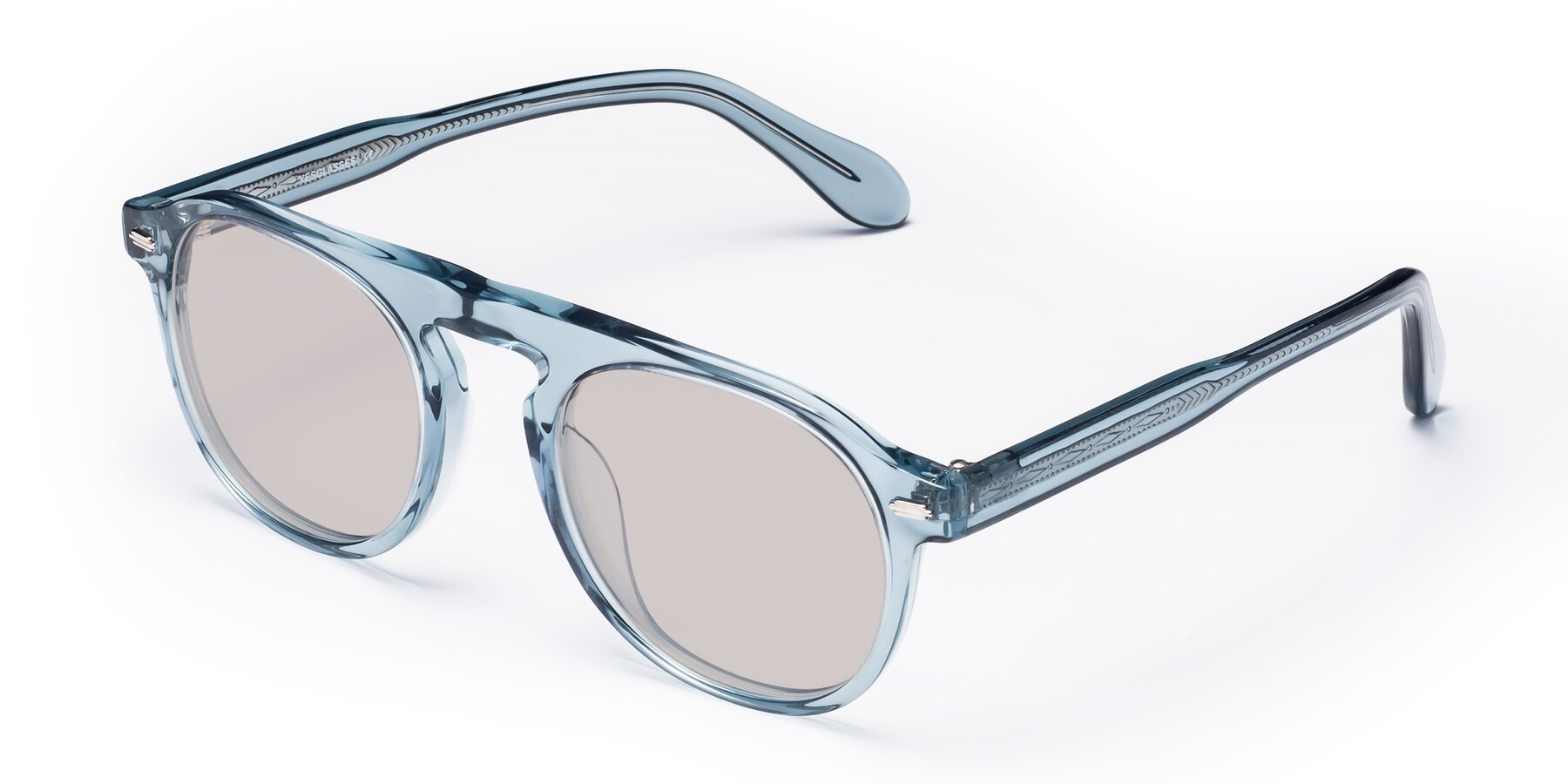 Angle of Mufasa in Light Blue with Light Brown Tinted Lenses