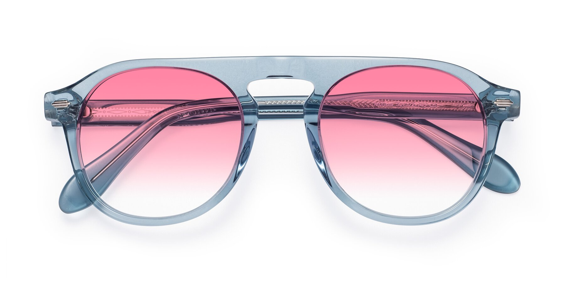 Folded Front of Mufasa in Light Blue with Pink Gradient Lenses