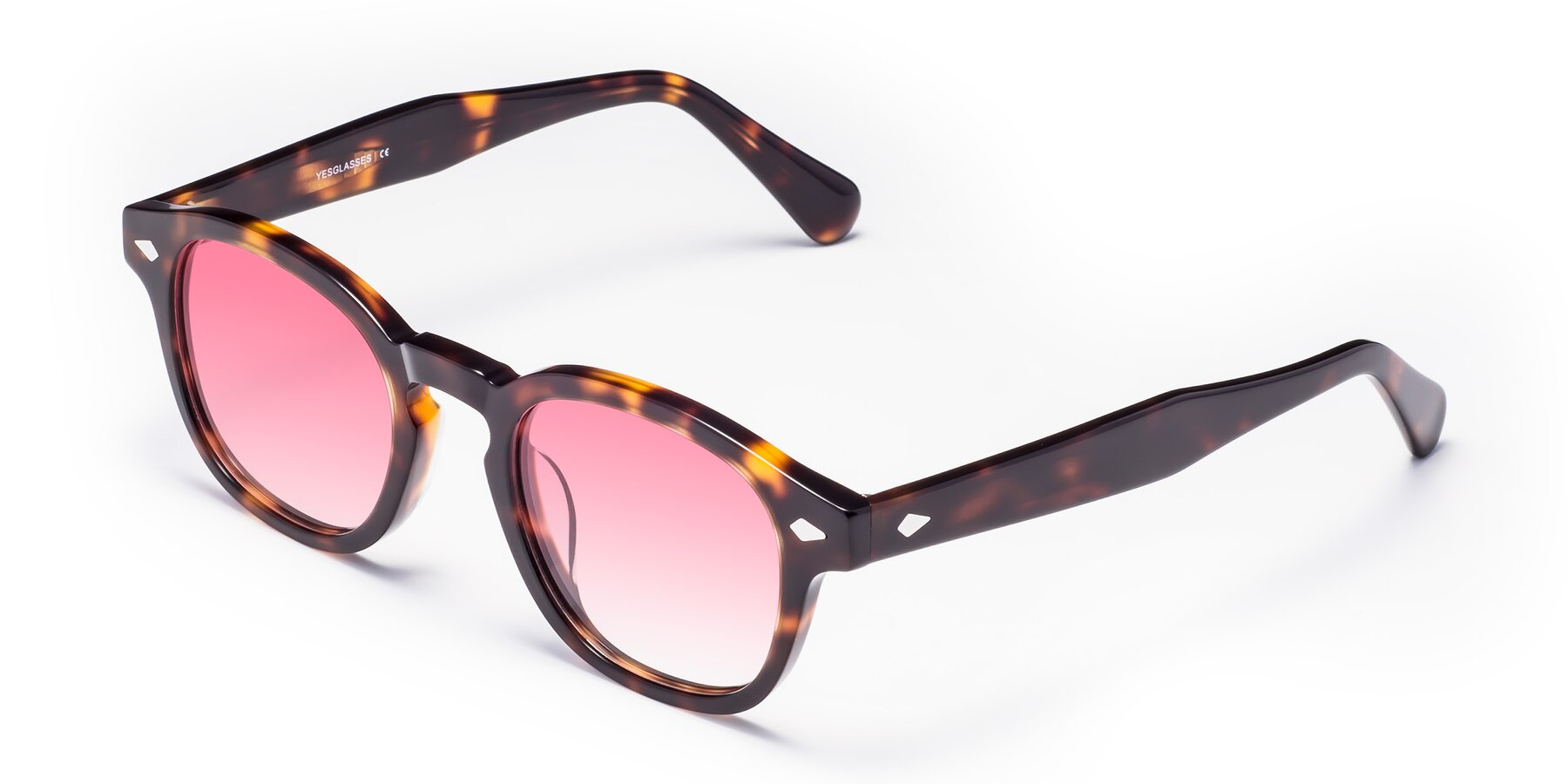 Angle of WALL-E in Tortoise with Pink Gradient Lenses