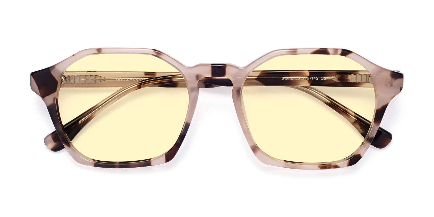 Folded Front of Stoltz in Leopard with Light Yellow Tinted Lenses