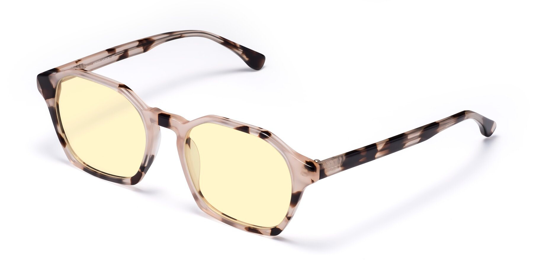 Angle of Stoltz in Leopard with Light Yellow Tinted Lenses