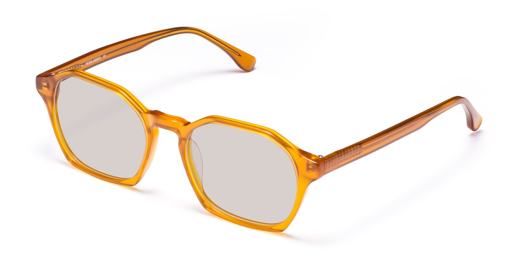 Angle of Stoltz in Brown with Light Brown Tinted Lenses