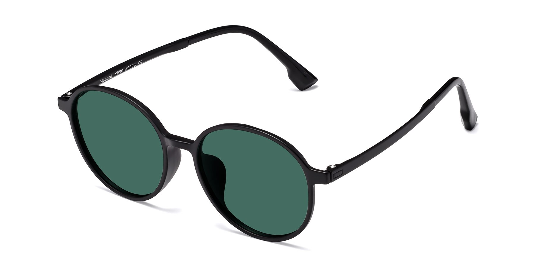 Angle of Howard in Matte Black with Green Polarized Lenses