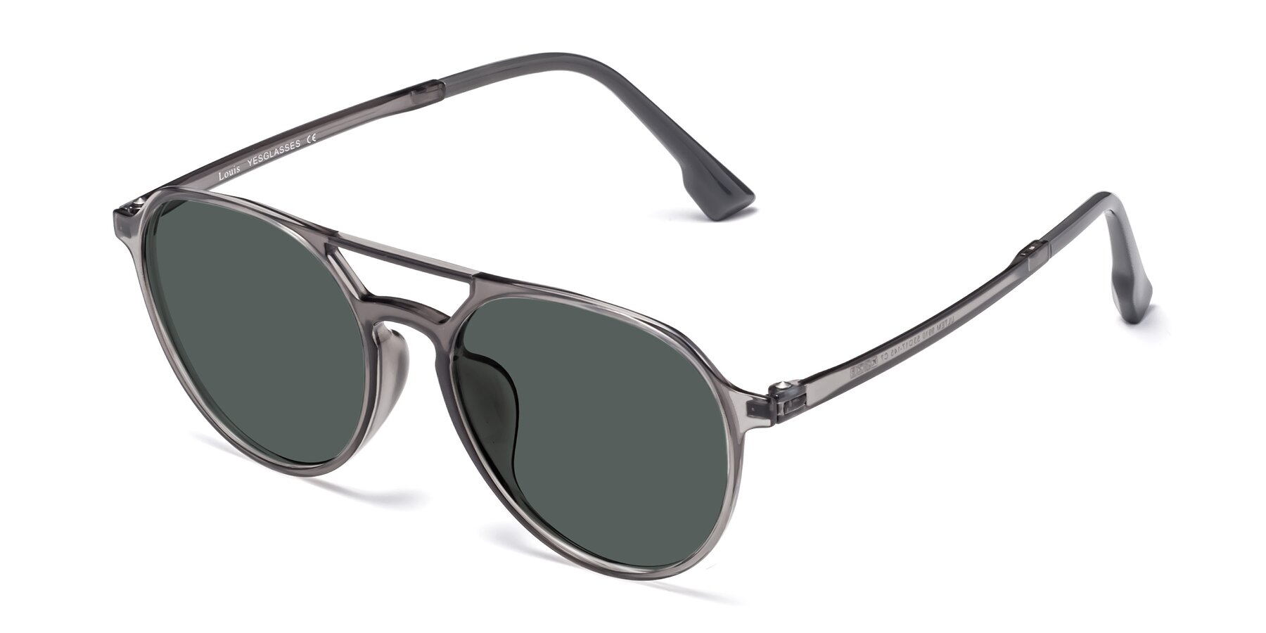Angle of Louis in Gray with Gray Polarized Lenses
