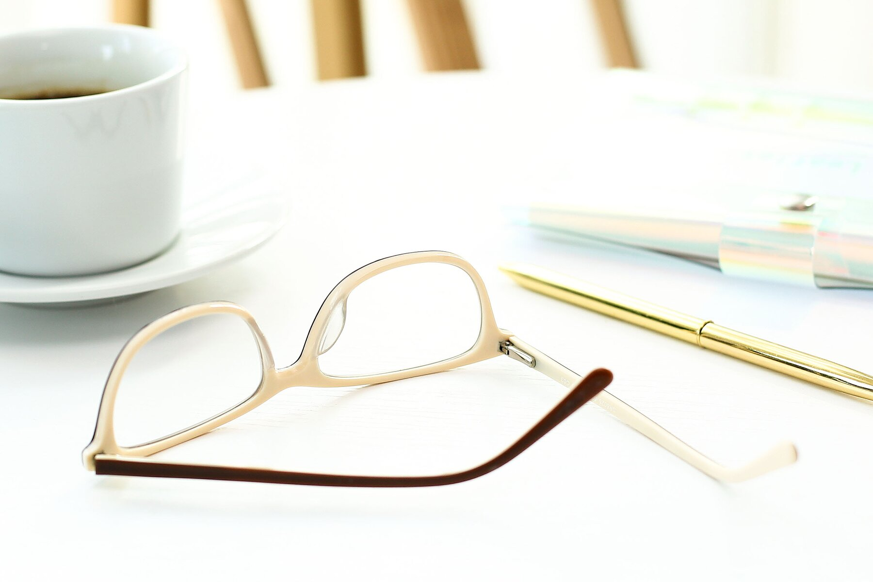 Lifestyle photography #3 of SR6026 in Coffee with Clear Eyeglass Lenses