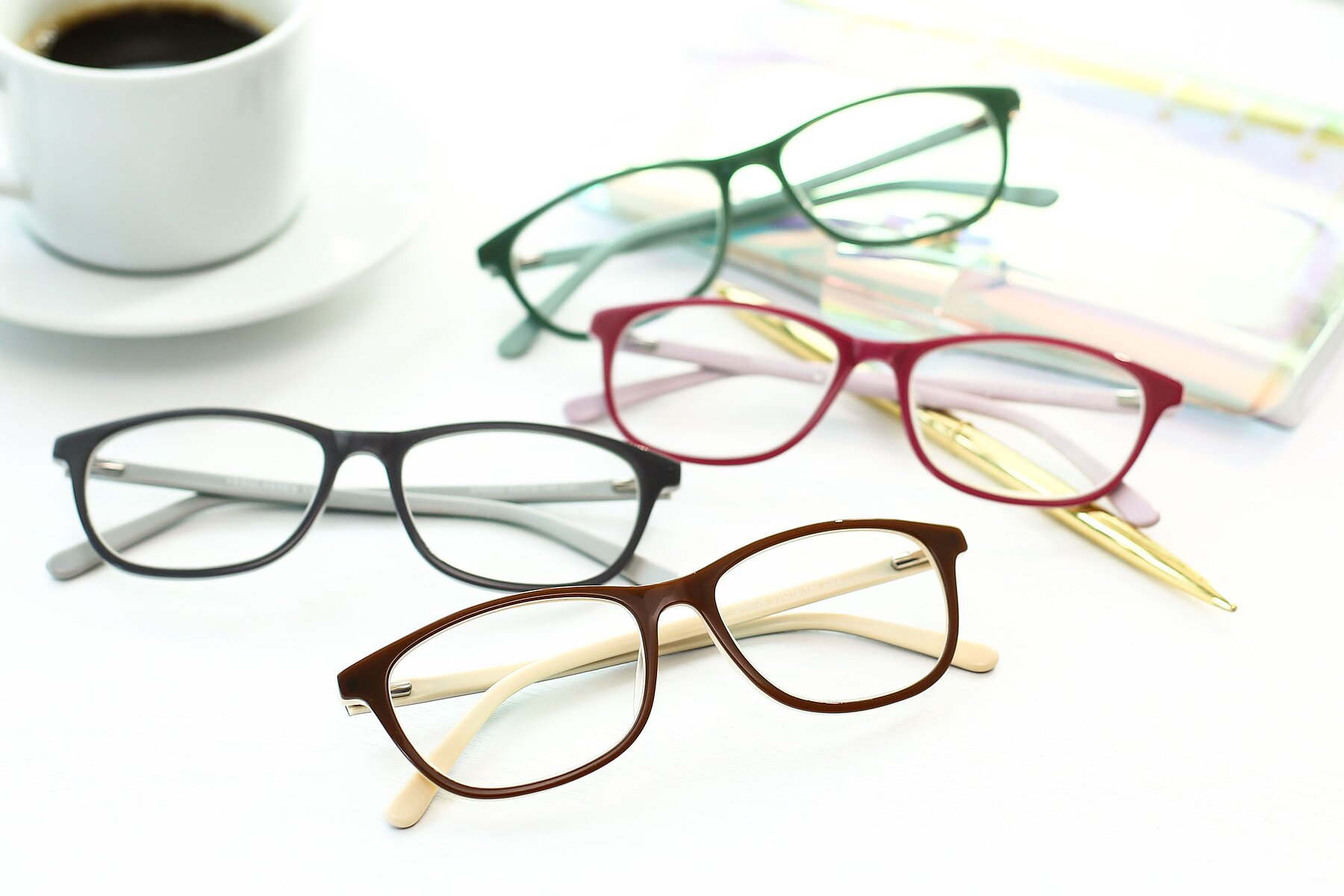 Lifestyle photography #4 of SR6026 in Coffee with Clear Eyeglass Lenses