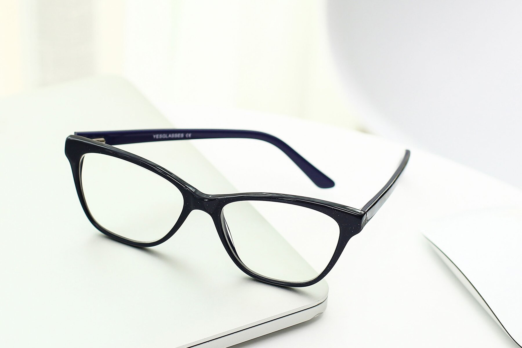 Lifestyle photography #2 of SR6033 in Navy with Clear Eyeglass Lenses